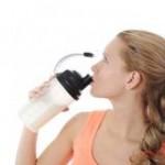 痩せ型女性のバストアップ!太るためのプロテイン活用法!