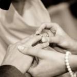 結婚式までに胸を大きくする方法!一生の思い出に♪