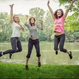 th_jumping-444610_640