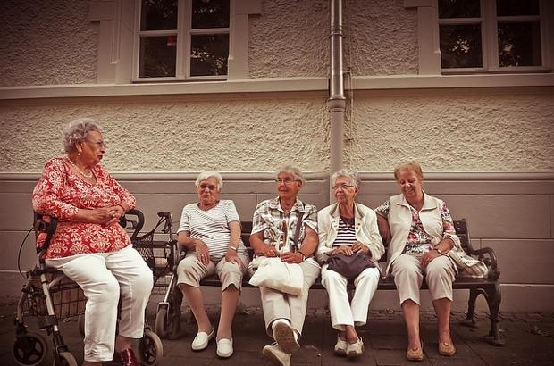 th_pensioners-1172274_640